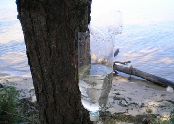 умивальник з пластикової пляшки, фото з сайту funnybottle.ru