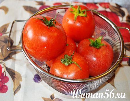 червоні помідори