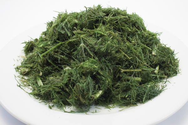 Заморожена зелень зберігає і властивості, і запах