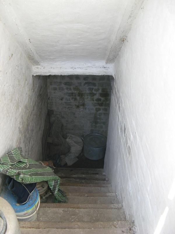 підвал вхід