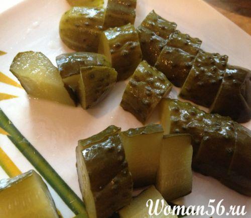 Що приготувати з солоних огірків