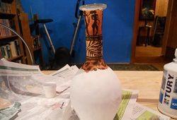 Декорування скляної вази: декупаж в античному стилі