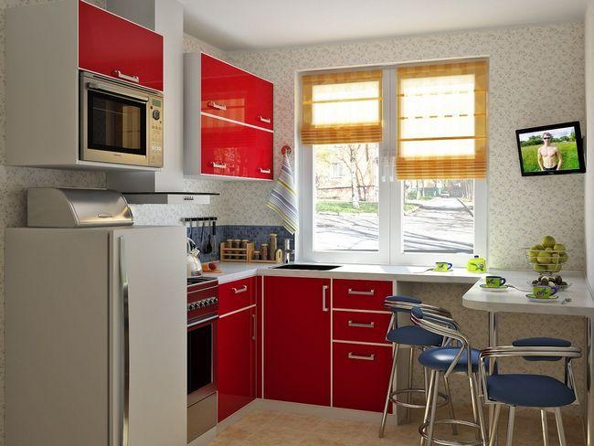 Яскраві акценти на маленькій кухні