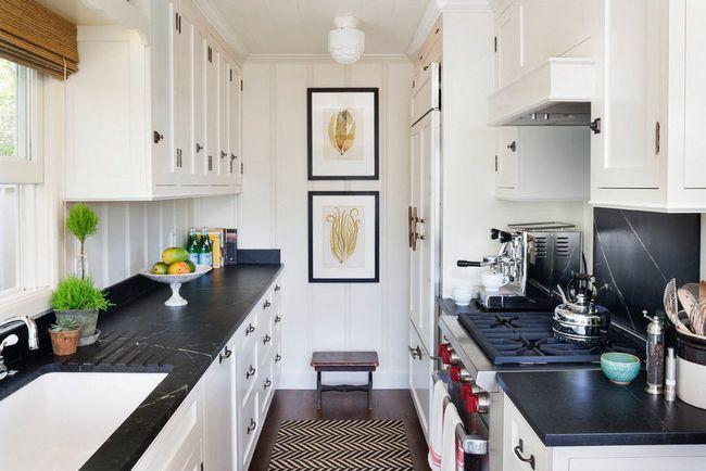 Розташування кухонного гарнітура уздовж стін