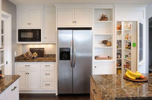 Холодильник в ніші гарнітура