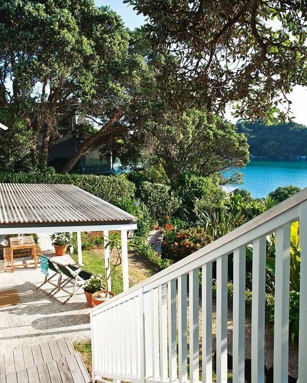 Фото-тур по річному будиночка на озері в Новій Зеландії