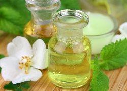 Ефірні масла від «гусячих лапок» і мімічних зморшок