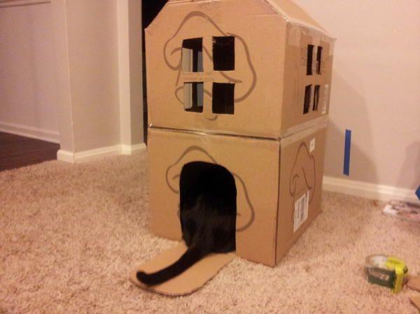 Двоповерховий будиночок з картону, фото з сайту http://sethstevenson.net