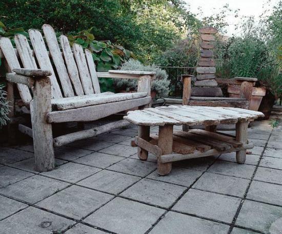 Як правильно виготовити меблі для саду своїми руками
