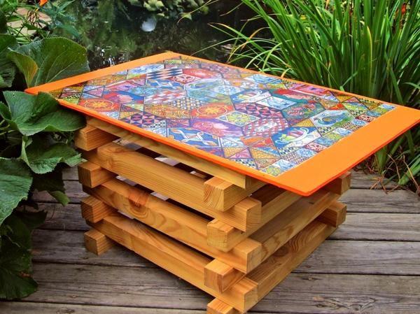 Як зробити садовий стіл в фольклорному стилі