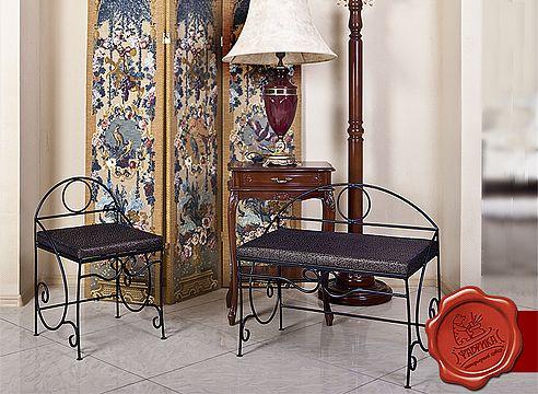 Ковані меблі в передпокій Хітсад