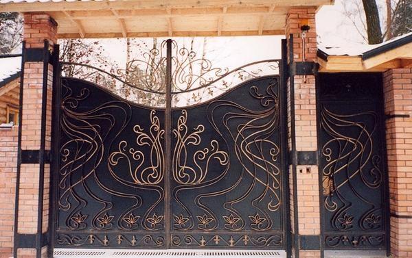 комбінований кований паркан