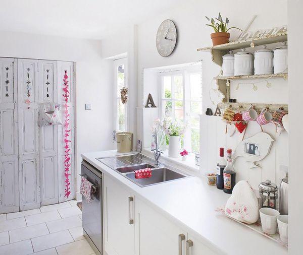 Кухня в стилі котедж фото