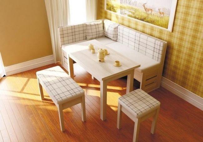 Сучасні дизайнери пропонують кухонні куточки самих різних конфігурацій