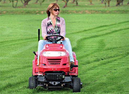Міні-трактор: тест-драйв