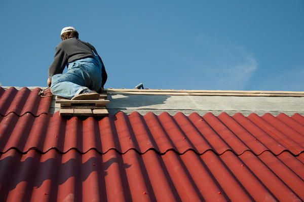 Монтаж шиферного даху своїми руками