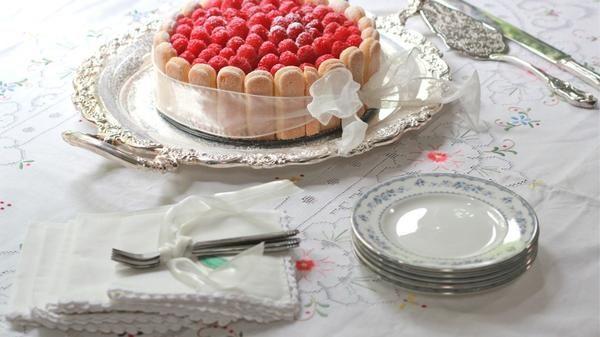 Торт тірамісу круглий