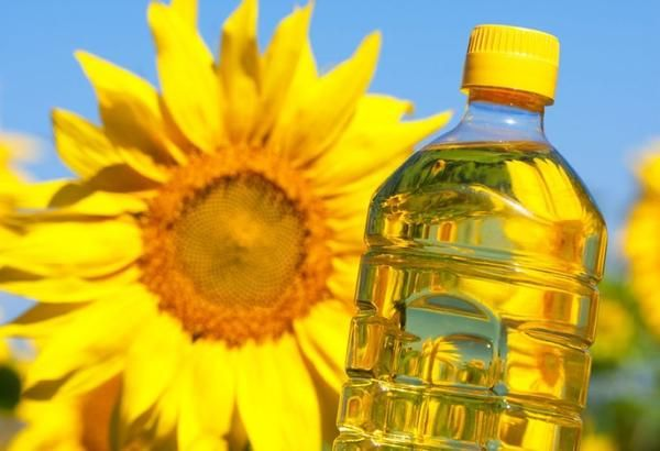 Соняшникова олія на дачі: 9 нестандартних способів застосування