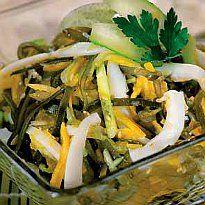Салат з морської капусти з кальмарами