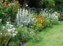 Срібні прикраси для саду