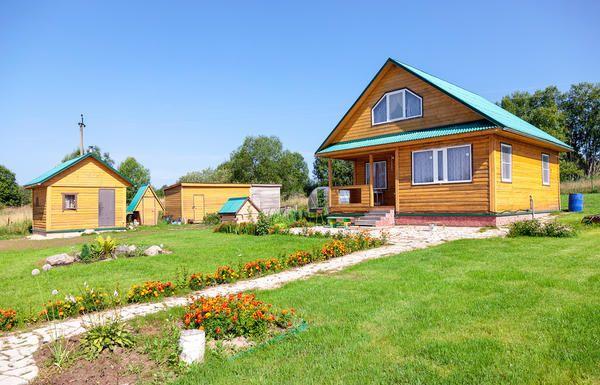 Шість видів необхідних господарських будівель для дачі
