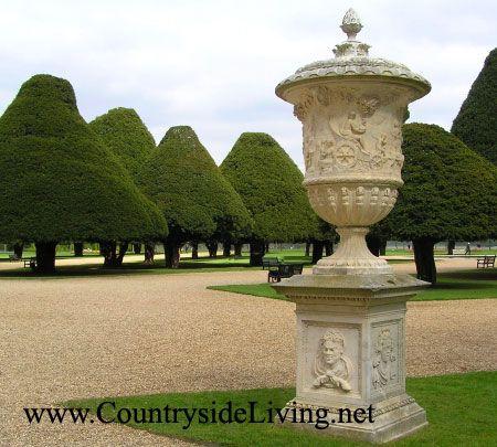 Стиль саду: регулярний, французький
