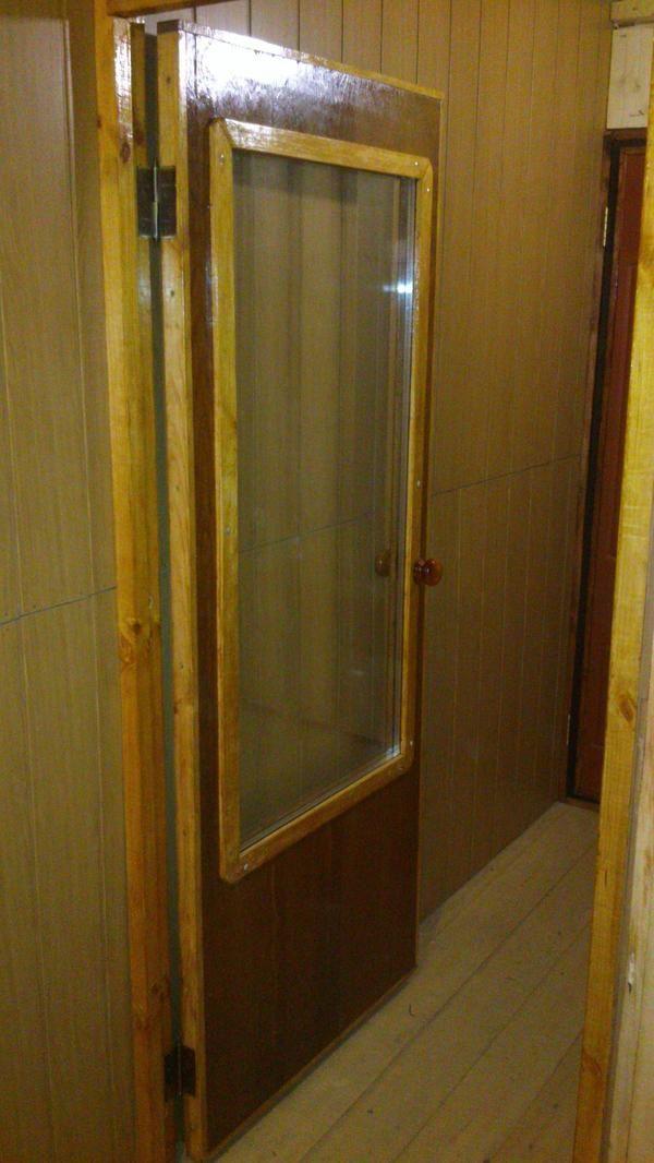 двері на кухню