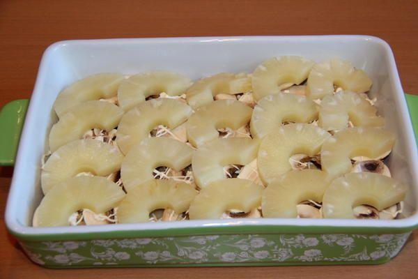 шар з ананасів